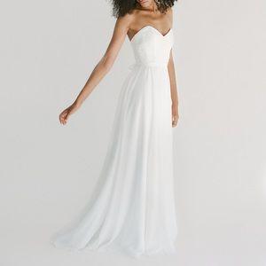 Host Pick - Truvelle Wedding Dress